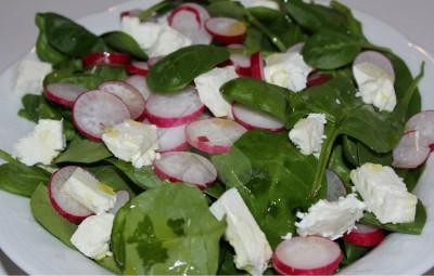 sallata me spinaq