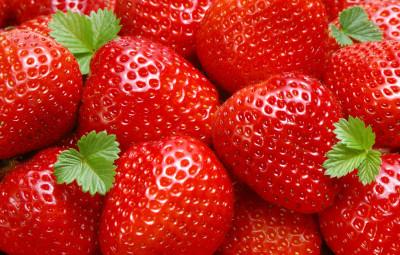 1363260-strawberry