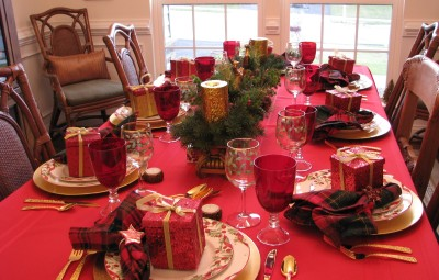 Christmas Eve Dinner Table 2012 011